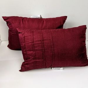 "12"" x 18"" red satin polyester accent pillows s/2"